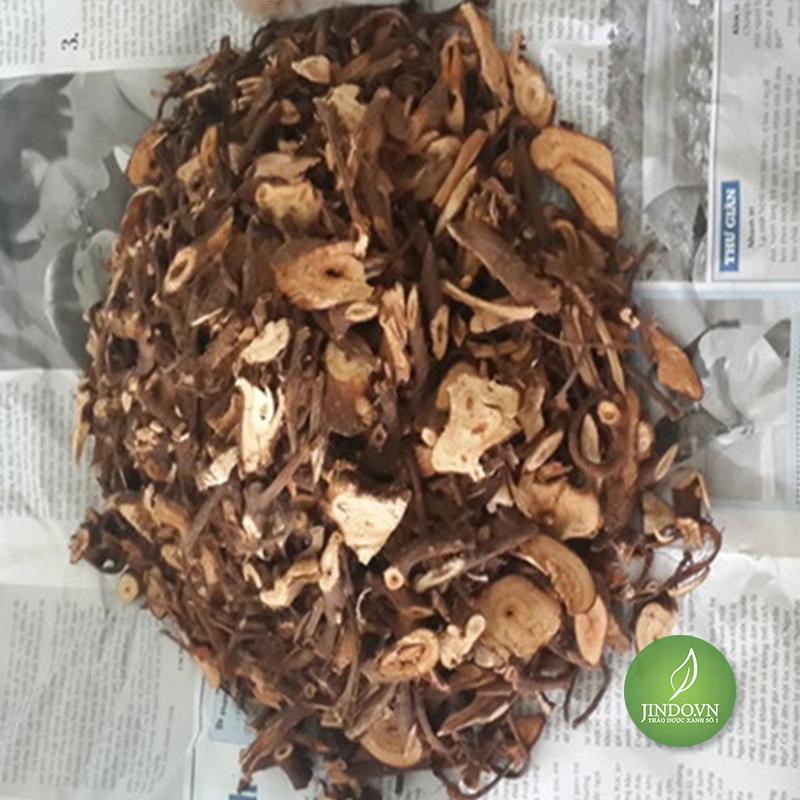 cu-gai-giup-an-thai-dieu-tri-dong-thai-thao-duoc-xanh-so-1-jindo.vn-5
